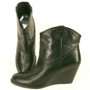 Bandolino Ankle Wedge Boots Booties 8.5 Ei28
